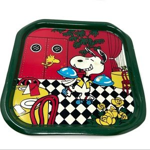 Snoopy Peanuts green metal dining tray circa 1960s
